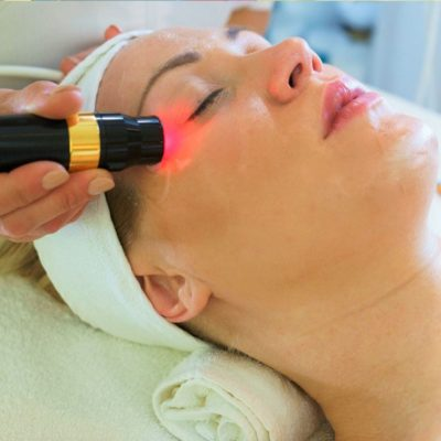 The Benefits Of LED Lights For Clearing Acne: Are They Worth A Try?